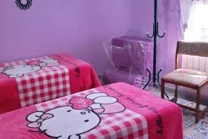 Dormitorio de dos camas de Ruiseñor Arriba